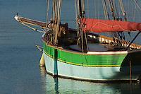 France, Côtes d'Armor (22),Côte d'Emeraude, Erquy, vieux gréement Sainte-Jeanne sur le port // France, Cotes d'Armor,  Emeraude coast , Erquy,  old rigging   on port