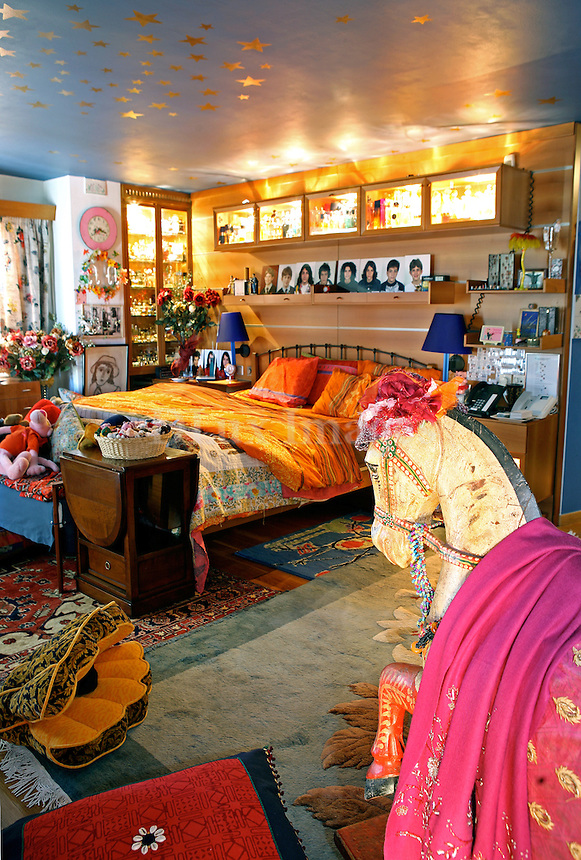 ethnic colorful bedroom