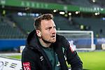 01.12.2019, Volkswagen Arena, Wolfsburg, GER, 1.FBL, VfL Wolfsburg vs SV Werder Bremen<br /> <br /> DFL REGULATIONS PROHIBIT ANY USE OF PHOTOGRAPHS AS IMAGE SEQUENCES AND/OR QUASI-VIDEO.<br /> <br /> im Bild / picture shows<br /> Philipp Bargfrede (Werder Bremen #44) <br /> bei Ankunft im Stadion, <br /> <br /> Foto © nordphoto / Ewert