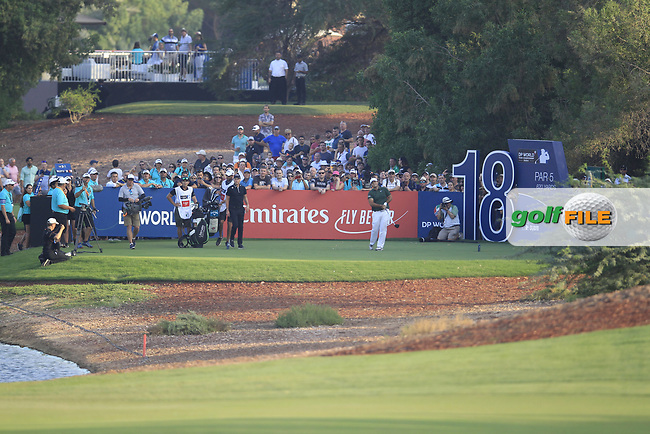 Patrick Reed (USA) on the 18th tee during the final round of the DP World Tour Championship, Jumeirah Golf Estates, Dubai, United Arab Emirates. 18/11/2018<br /> Picture: Golffile | Fran Caffrey<br /> <br /> <br /> All photo usage must carry mandatory copyright credit (© Golffile | Fran Caffrey)