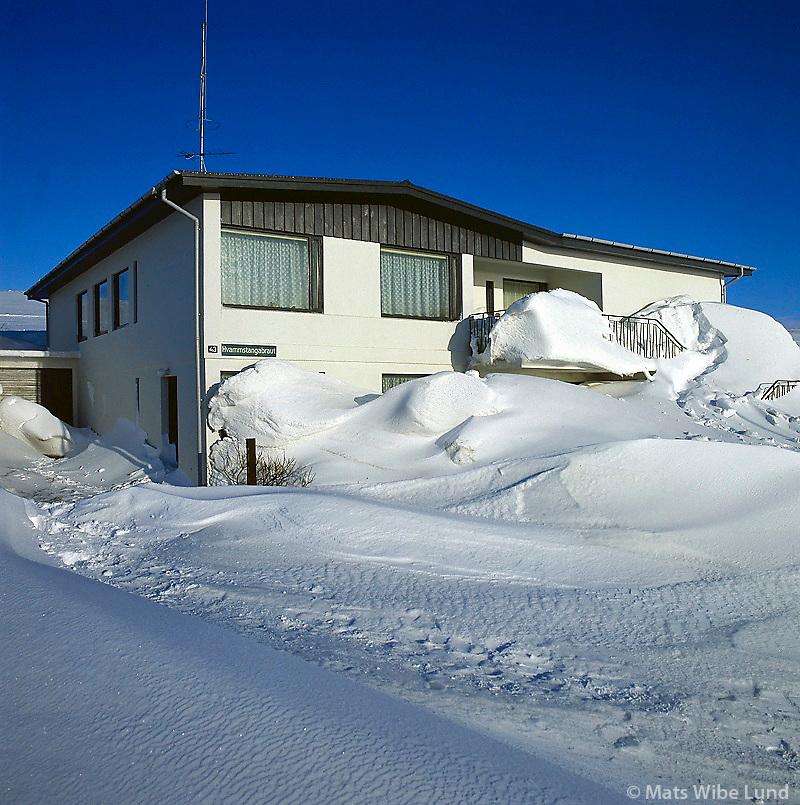 Hvammstangi eftir linnulaus stórhrið. Húnaþing vestra   /   Hvammstangi after a strong winter blizzard. Hunathing vestra.