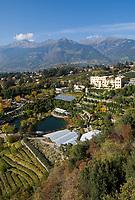 Italien, Suedtirol, Meran: Schloss Trautmannsdorf, Botanischer Garten, Park   Italy, South Tyrol, Alto Adige, Merano: Castle Trautmannsdorf, Botanical Garden, Park