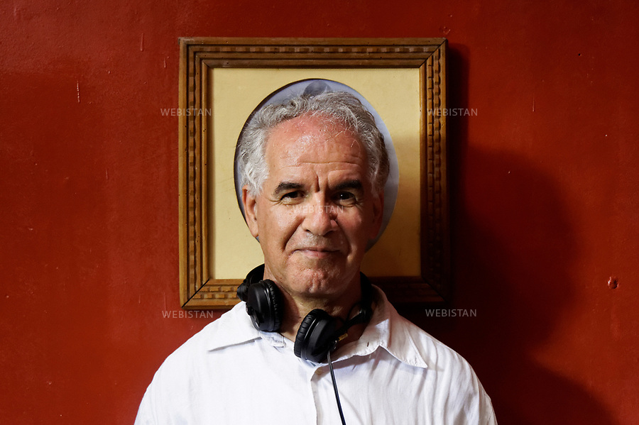 Algerie. 14 mai 2011. Peripherie d'Alger. Portrait du realisateur algerien Said Ould-Khelifa sur le tournage de son film &quot;Zabana&quot;.<br /> <br /> <br /> Algeria, Outskirts of Algiers. May 14th 2011.Portrait of Said Ould- Khelifa, Algerian director on the set of his film &ldquo;Zabana&rdquo;.
