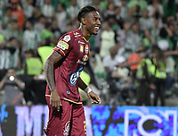 MEDELLÍN -COLOMBIA - 09-06-2018: Omar Albornoz de Deportes Tolima celebra después de anotar un gol durante la tanda de definición por penals a Atlético Nacional durante partido de vuelta por la final de la Liga Águila I 2018 jugado en el estadio Atanasio Girardot de la ciudad de Medellín. / Omar Albornoz player of Deportes Tolima celebrates after scoring in the penalty shootout goal to Atletico Nacional during second leg match for the final of the Aguila League I 2018 at Atanasio Girardot stadium in Medellin city. Photo: VizzorImage / Gabriel Aponte / Staff