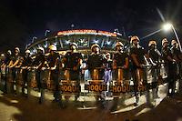 SÃO PAULO,SP, 06.07.2016 - SÃO PAULO-NACIONAL - Confusao entre torcedores e policiais apos partida entre Sao Paulo e Atletico Nacional jogo de ida das semi-finais da Taça Libertadores da América no Estádio Cicero Pompeu de Toledo, o Morumbi, nesta quarta-feira, 06.(Foto: Vanessa Carvalho/Brazil Photo Press)