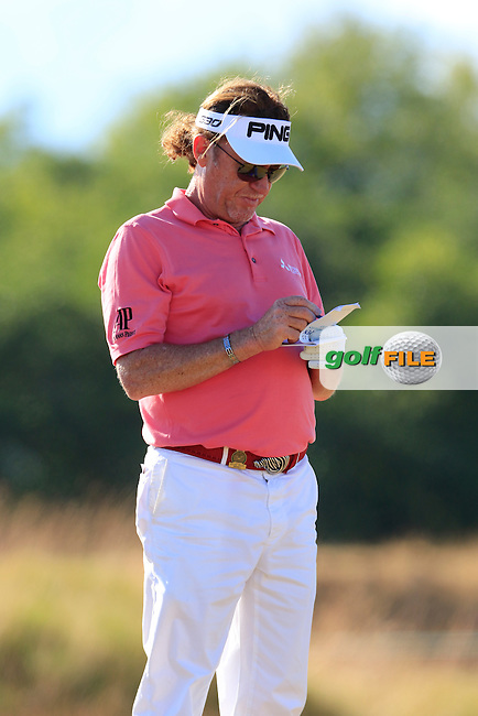 Miguel Angel JIMENEZ (ESP) on the 4th tee during Friday's Round 2 of the 2015 U.S. Open 115th National Championship held at Chambers Bay, Seattle, Washington, USA. 6/20/2015.<br /> Picture: Golffile | Eoin Clarke<br /> <br /> <br /> <br /> <br /> All photo usage must carry mandatory copyright credit (&copy; Golffile | Eoin Clarke)