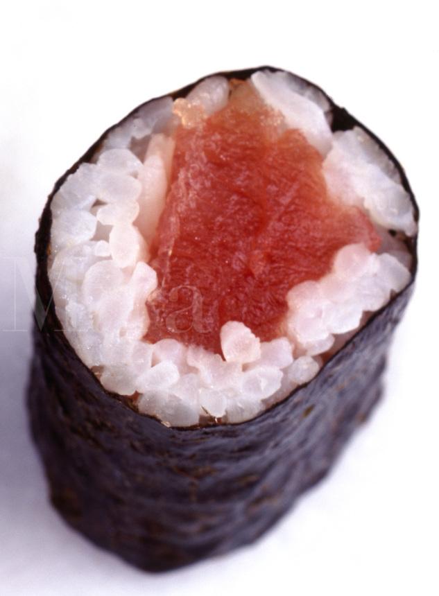 Single Piece of maguro, tuna Sushi