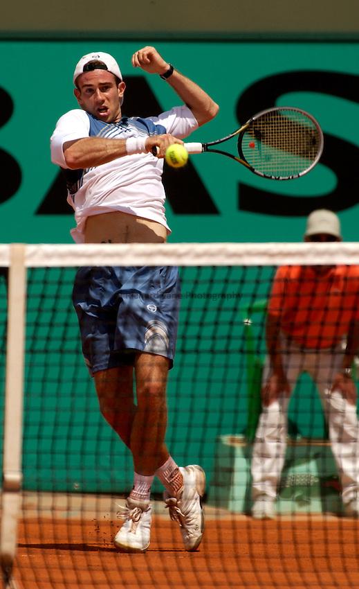 Photo. Jed Wee.French Open Tennis Championships, Rolland Garros, Paris, France. 26/05/2003..Filippo Volandri.