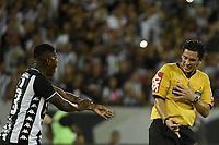 Rio de Janeiro (RJ), 10/03/2020 - Botafogo-Parana - Arbitro Daniel Nobre (d). Partida entre Botafogo e Parana, valida pela terceira fase da Copa do Brasil, realizada no Estadio Nilton Santos (Engenhao), no Rio de Janeiro, nesta terca-feira (10). (Foto: Andre Fabiano/Codigo 19/Codigo 19)