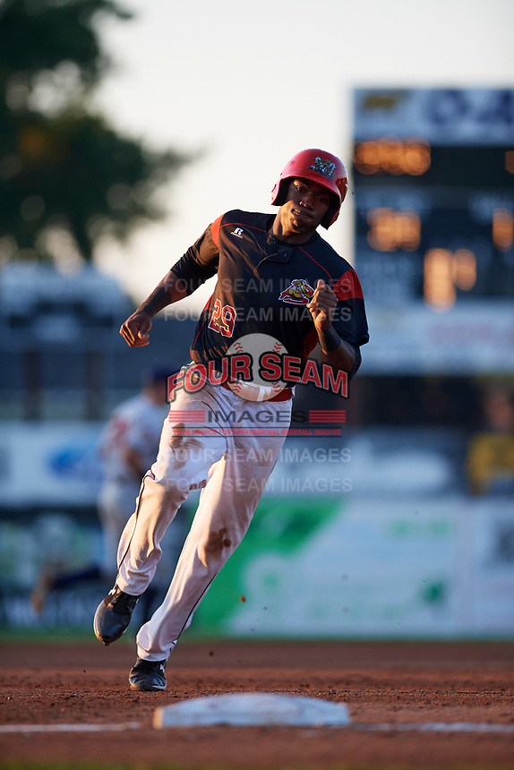 Batavia Muckdogs left fielder Thomas Jones (29) running the bases during a game against the Mahoning Valley Scrappers on August 16, 2017 at Dwyer Stadium in Batavia, New York.  Batavia defeated Mahoning Valley 10-6.  (Mike Janes/Four Seam Images)