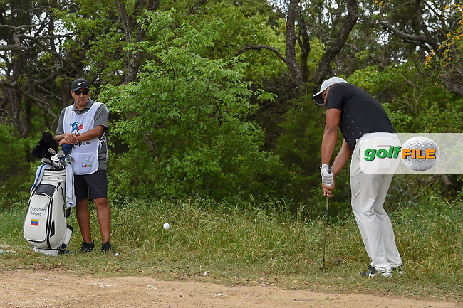 Jhonattan Vegas (VEN) chips on to 1 during day 1 of the Valero Texas Open, at the TPC San Antonio Oaks Course, San Antonio, Texas, USA. 4/4/2019.<br /> Picture: Golffile | Ken Murray<br /> <br /> <br /> All photo usage must carry mandatory copyright credit (© Golffile | Ken Murray)