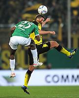 FUSSBALL   DFB POKAL   SAISON 2011/2012   HALBFINALE SpVgg Greuther Fuerth - Borussia Dortmund                  20.03.2012 Olivier Occean (li, Greuther Fuerth) gegen Sebastian Kehl (Borussia Dortmund)