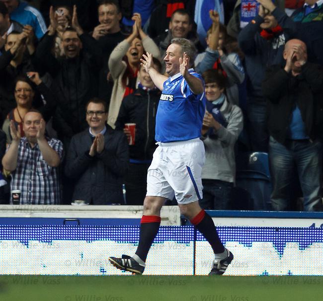 Ally McCoist celebrates his goal