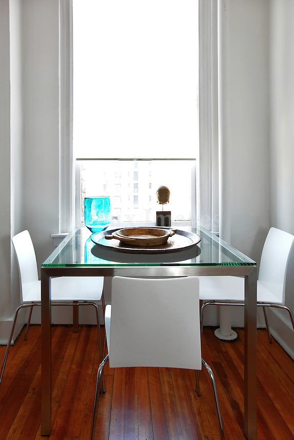modern contemporary dining room