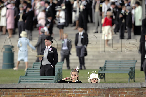 19 June 2004: Racegoers in the Royal Enclosure at Royal Ascot. Photo: Steve Bardens/Action Plus...040619 horse racing people spectators crowd