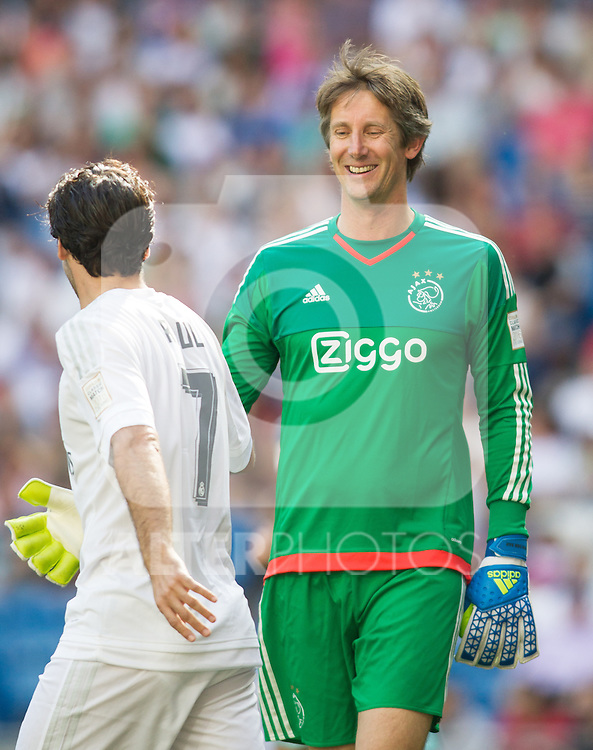 Edwin Van Der Sar and Raul Gonzalez  the Corazon Classic Match 2016 at Estadio Santiago Bernabeu between Real Madrid Legends and Ajax Legends. Jun 5,2016. (ALTERPHOTOS/Rodrigo Jimenez)