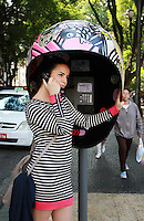 SAO PAULO, SP, 21 DE MAIO DE 2012 - A CALL PARADE – Exposição urbana que expõe 100 orelhões estilizados por São Paulo feitos por artistas plasticos. FOTO: GEORGINA GARCIA/ BRAZIL PHOTO PRESS.