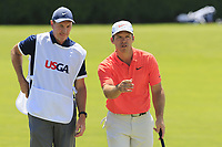Paul Casey (ENG) and John Mclaren on the 9th green during Saturday's Round 3 of the 118th U.S. Open Championship 2018, held at Shinnecock Hills Club, Southampton, New Jersey, USA. 16th June 2018.<br /> Picture: Eoin Clarke | Golffile<br /> <br /> <br /> All photos usage must carry mandatory copyright credit (&copy; Golffile | Eoin Clarke)