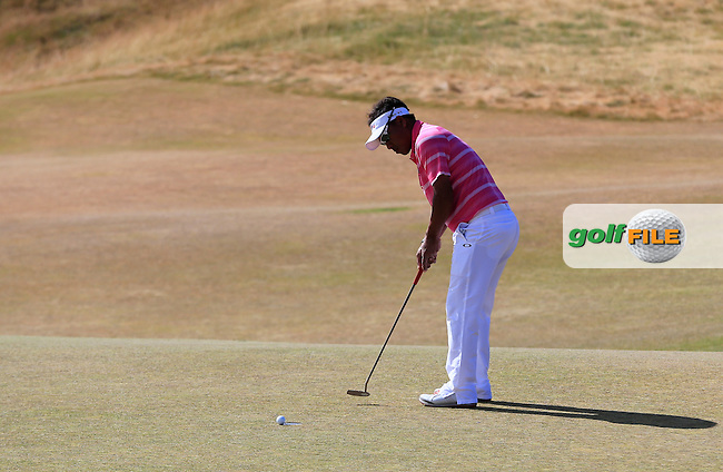 Thongchai JAIDEE (THA) putts on the 5th green during Friday's Round 2 of the 2015 U.S. Open 115th National Championship held at Chambers Bay, Seattle, Washington, USA. 6/19/2015.<br /> Picture: Golffile | Eoin Clarke<br /> <br /> <br /> <br /> <br /> All photo usage must carry mandatory copyright credit (&copy; Golffile | Eoin Clarke)