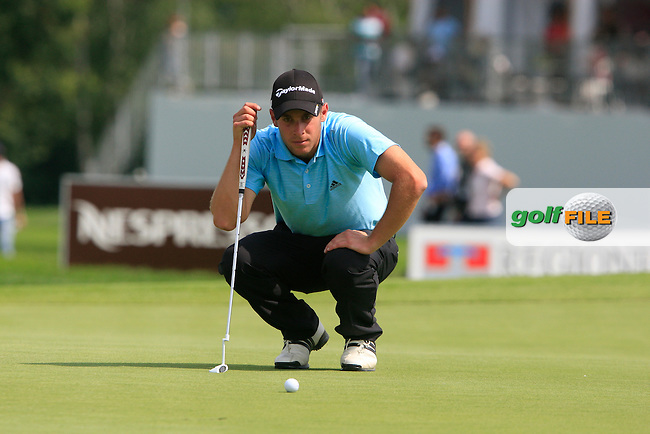 Lorenzo Gagli (ITA) lines up his putt on the 18th green during Day 3 of the BMW Italian Open at Royal Park I Roveri, Turin, Italy, 11th June 2011 (Photo Eoin Clarke/Golffile 2011)