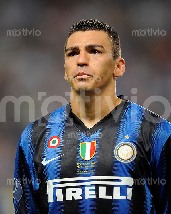 FUSSBALL INTERNATIONAL   UEFA SUPERCUP    SAISON 2010/2011    Inter Mailand - Atletico Madrid      28.08.2010 Lucio  (Inter)