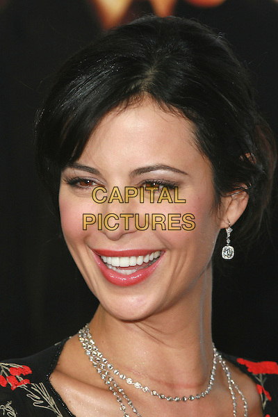 "CATHERINE BELL.""The Pursuit of Happyness"" Premiere held at Mann Village Theater, Westwood, California, USA,.December 7th 2006..portrait headshot katharine.CAP/ADM/CH.©Charles Harris/Admedia/Capital Pictures"