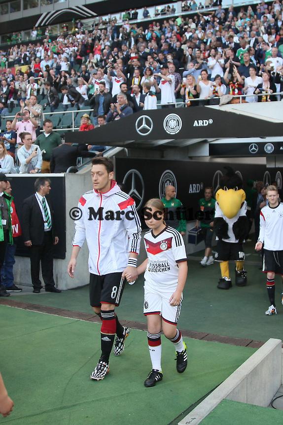Mesut Özil (D) - Deutschland vs. Kamerun, Mönchengladbach