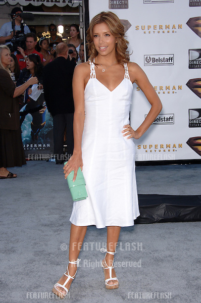 "Actress EVA LONGORIA at the world premiere of ""Superman Returns"" in Los Angeles..June 21, 2006  Los Angeles, CA.© 2006 Paul Smith / Featureflash"