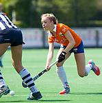 BLOEMENDAAL - Hockey- competitiewedstrijd Bloemendaal MA1-HDM MA1 . Philine de Nooijer (Bl'daal).  COPYRIGHT KOEN SUYK