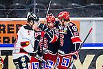S&ouml;dert&auml;lje 2014-01-06 Ishockey Hockeyallsvenskan S&ouml;dert&auml;lje SK - Malm&ouml; Redhawks :  <br />  S&ouml;dert&auml;ljes Philip DeSimone har gjort 1-1 och gratuleras av bland annat S&ouml;dert&auml;ljes Robin Press <br /> (Foto: Kenta J&ouml;nsson) Nyckelord:  jubel gl&auml;dje lycka glad happy
