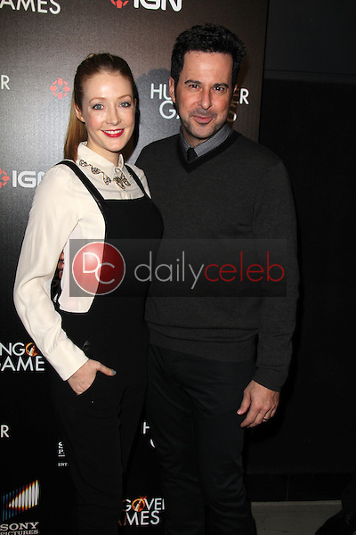Jennifer Finnigan, Jonathan Silverman<br />