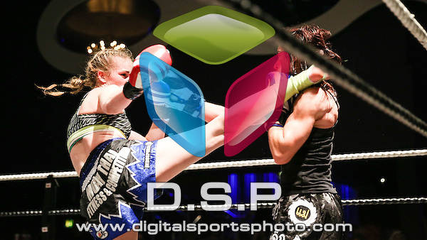 Sammy-Jo Luxton VS Bryony Tyrell. Photo by: Stephen Smith<br /> <br /> Fast and Furious 14 - Sunday 30th August 2015. Oceana, Southampton, Hampshire, United Kingdom.
