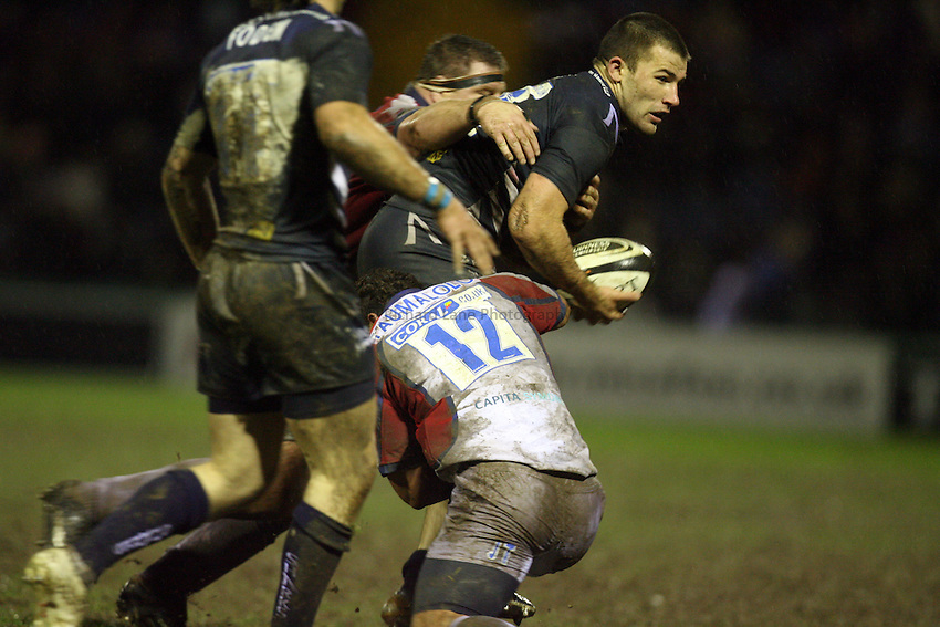 Photo: Rich Eaton...Sale Sharks v Bristol Rugby. Guinness Premiership. 01/01/2007.  Chris Bell of Sale with ball