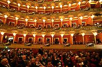 """Una veduta del Teatro dell'Opera di Roma, 17 marzo 2011, prima dell'inizio della rappresentazione del Nabucco, in occasione delle celebrazioni per il 150esimo anniversario dell'Unita' d'Italia..A view of the Opera Theater in Rome, 17 march 2011, prior to the start of the representation of Verdi's Opera """"Nabucco"""", in occasion of the celebrations marking the 150th anniversary of the Italian Union..UPDATE IMAGES PRESS/Riccardo De Luca"""