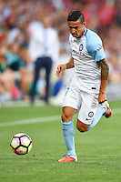 Melbourne, 6 January 2017 - TIMOTHY CAHILL (17) of Melbourne City runs with the ball in the round 14 match of the A-League between Melbourne City and Western Sydney Wanderers at AAMI Park, Melbourne, Australia. Melbourne won 1-0 (Photo Sydney Low / sydlow.com)