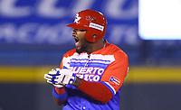 Anthony Garcia (44) de los Criollos de Caguas de Puerto Rico celebra hit de dos bases en el octavo inning del juego de béisbol de la Serie del Caribe contra los Tomateros de Culiacan de Mexico en Guadalajara, México,  viernes 2 feb 2018. (Foto AP / Luis Gutierrez)