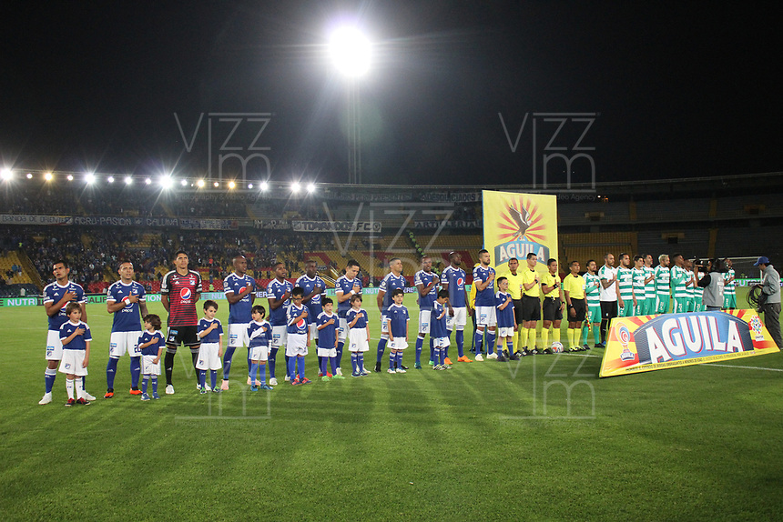 BOGOTÁ - COLOMBIA, 08-10-2018:Formación  de Millonarios  contra  Equidad durante partido por la fecha 13 de la Liga Águila II 2018 jugado en el estadio Nemesio Camacho El Campín de la ciudad de Bogotá. /Team  of Millonarios agaisnt of Equidad during the match for the date 13 of the Liga Aguila II 2018 played at the Nemesio Camacho El Campin Stadium in Bogota city. Photo: VizzorImage / Felipe Caicedo / Staff.