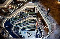 Istanbul, grandi opere nuovo centro commerciale in centro città in Istiklal Kaddesi