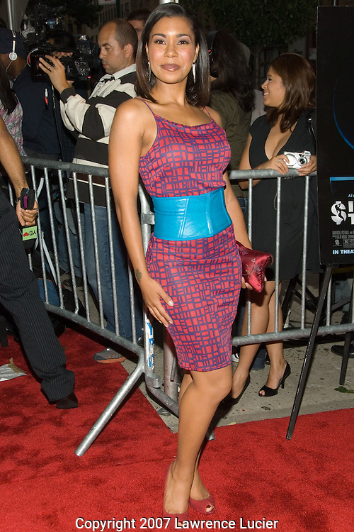 "NEW YORK - AUGUST 20:  Actress Jessica Pimentel arrives at the premiere of ""Illegal Tender"" August 20, 2007, at Chelsea West Cinemas in New York City.  (Photo by Lawrence Lucier)"