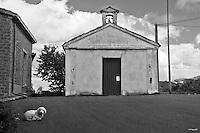 Sagittario.Basilicata 2010 - Chiesetta di montagna sorta a pochi metri dai ruderi dell'Abbazia di Santa Maria del Sagittario, nel territorio di Chiaromonte.