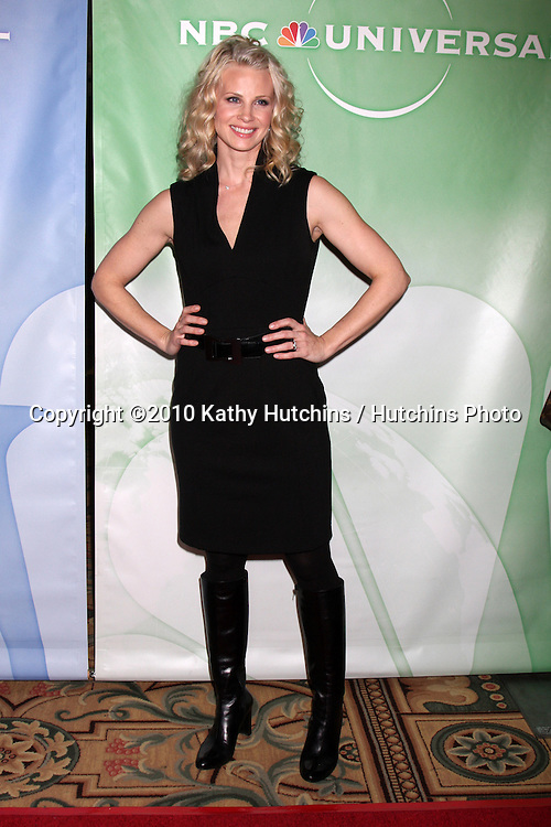 Monica Potter.arriving at the 2010 Winter NBC TCA Party .Langford Hotel.Pasadena, CA.January 10, 2010.©2010 Kathy Hutchins / Hutchins Photo....