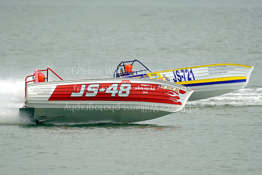 "JS-48  and JS-721 ""Go'n Skiff'n Krazy"" (Jersey Speed Skiff(s)"
