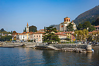 Italy, Lombardia, Laveno: on the East banks of Lago Maggiore, only car ferry to Verbania-Intra, with church Santi Filippo e Giacomo (left) and Chiesa di Sant'Ambrogio (right) | Italien, Lombardei, Laveno: Stadt am Ostufer des Lago Maggiore, einzige Autofaehre ueber den See nach Verbania-Intra, mit der Kircher Santi Filippo e Giacomo (links) und der Chiesa di Sant'Ambrogio (rechts)