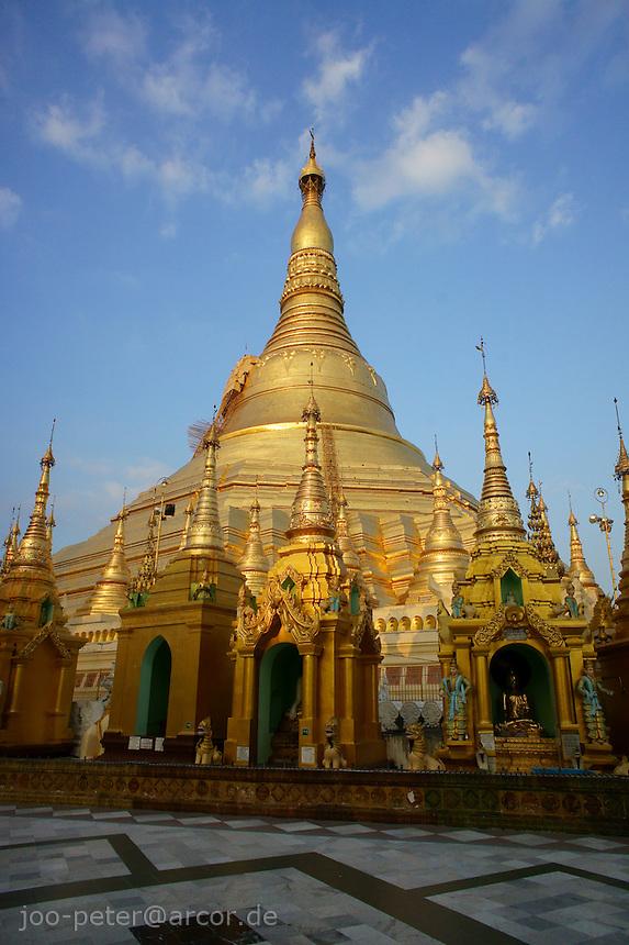 Shwedagon pagoda , Yangon, Myanmar, 2011