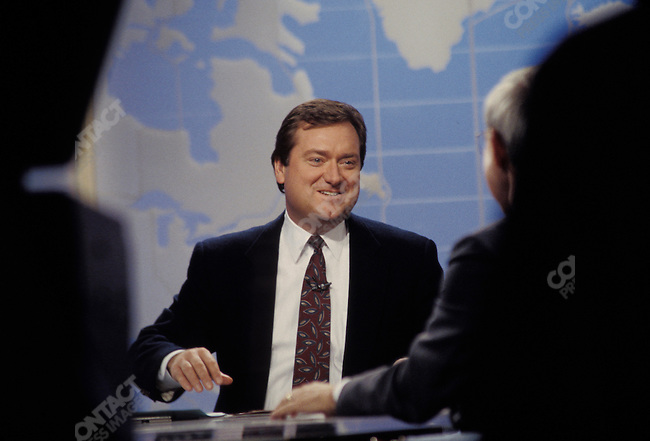 "Tim Russert, moderator of NBC's ""Meet The Press"", on set in Washington, D.C.  Novermber 1992."