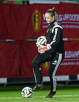 20150922 - LEUVEN ,  BELGIUM : Belgian goalkeeper Diede Lemey pictured during the female soccer game between the Belgian Red Flames and Bosnia and Herzegovina , the first game in the qualification for the European Championship in France 2017  , Thursday 22 September 2015 at Stadion Den Dreef  in Leuven , Belgium. PHOTO DAVID CATRY