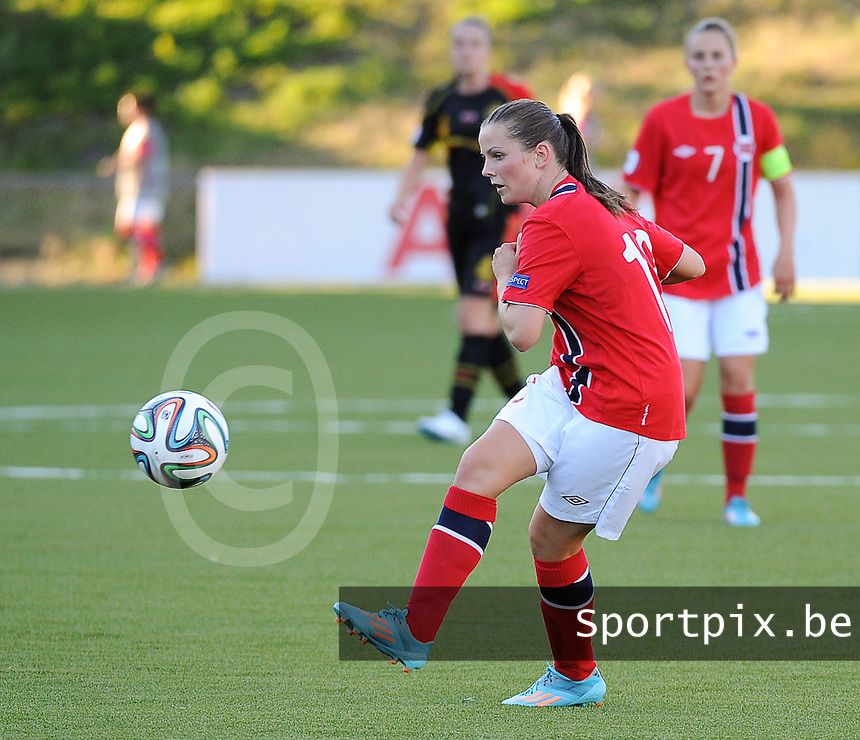 20140718 - Tonsberg , NORWAY : Norwegian Tuva Hansen pictured during the female soccer match between Women under 19 teams of Norway and Belgium , on the second matchday in group A of the UEFA Women Under19 European Championship at Tonsberg Stadion , Norway . Friday 18th July 2014 . PHOTO DAVID CATRY