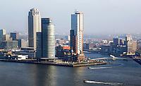 Rotterdam- De Wilhelminapier, met oa Hotel New York