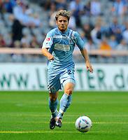 2. Oktober 2011: Muenchen, Allianz Arena: Fussball 2. Bundesliga, 10. Spieltag: TSV 1860 Muenchen - SG Dynamo Dresden: Muenchens Daniel Halfar am Ball.