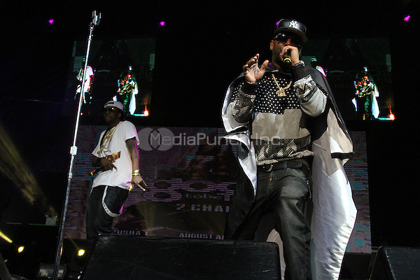 NEW YORK, NY - FEBRUARY 5, 2014<br /> <br /> Cam'ron &amp; 2 Chainz perform at the 2 Good To Be Tru Tour at Roseland Ballroom, February 5, 2012 in New York City.<br /> <br /> <br /> <br /> Walik Goshorn / MediaPunch